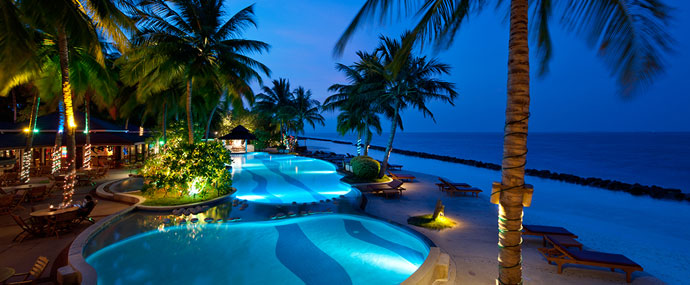 Best 5 tropical island resorts for a peaceful vacation for Best spa vacation packages