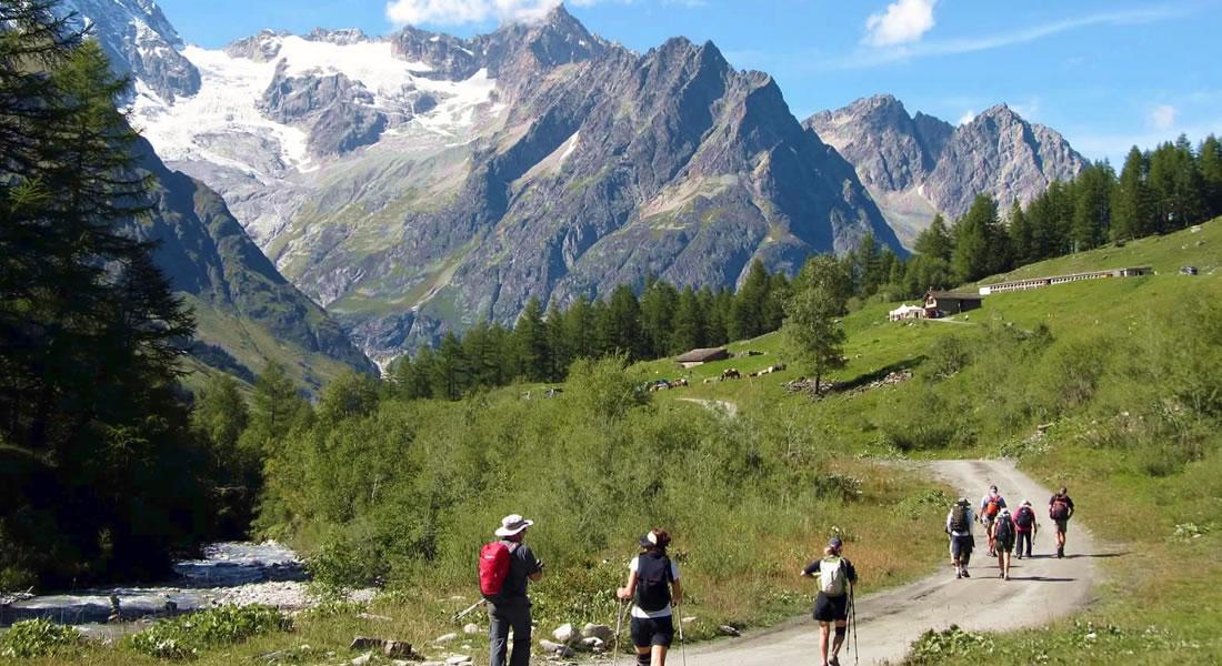 Best Mont Blanc Hiking Tours